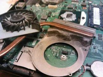 Что делать если компьютер сильно греется и выключается?